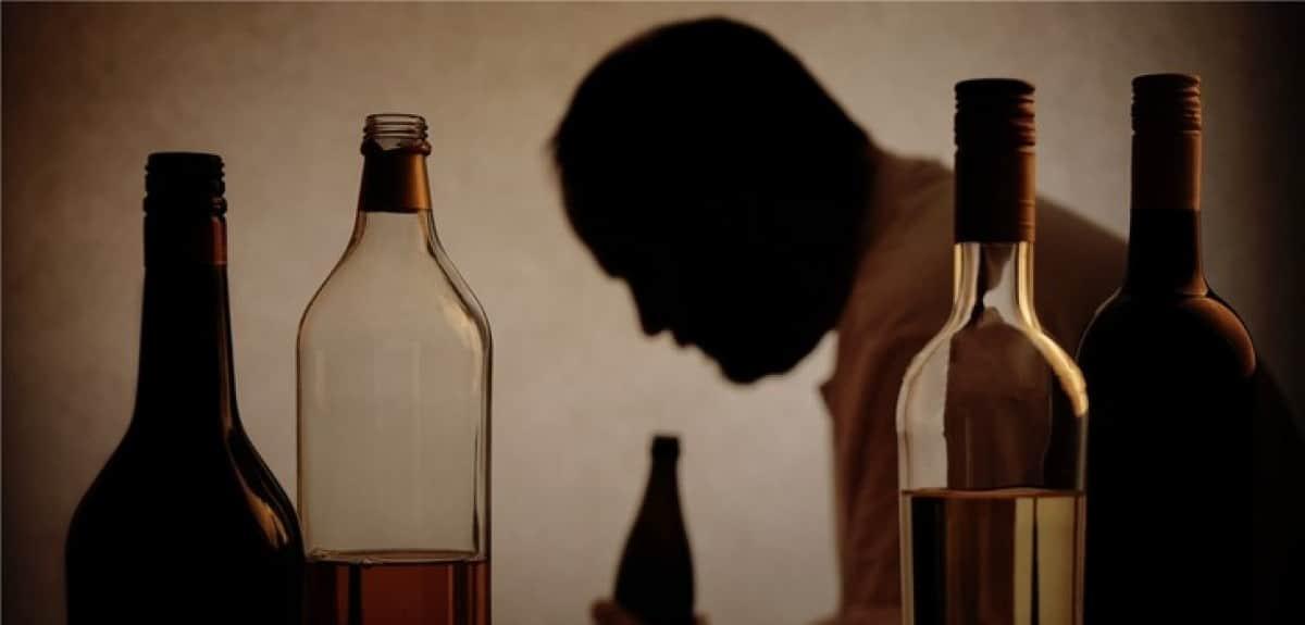 «Πύλη εισόδου είναι το αλκοόλ, όχι η κάνναβη»